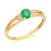 9ct Gold Emerald And Diamond Split Shoulder Ring - D7633-O