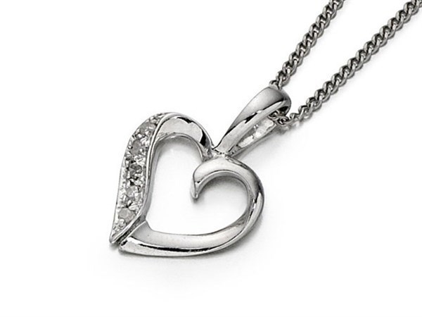 9ct White Gold Diamond Heart Necklace - D5633