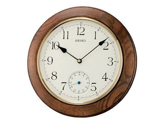 Seiko Oak Wall Clock C7150 F Hinds Jewellers