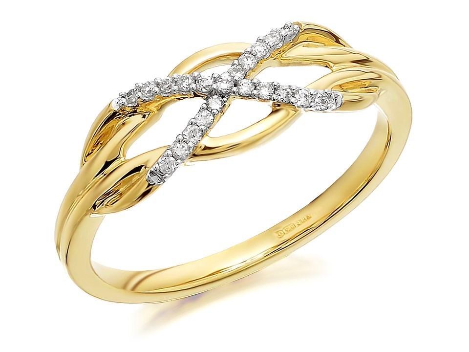 9ct Gold Diamond Celtic Knot Ring D6110